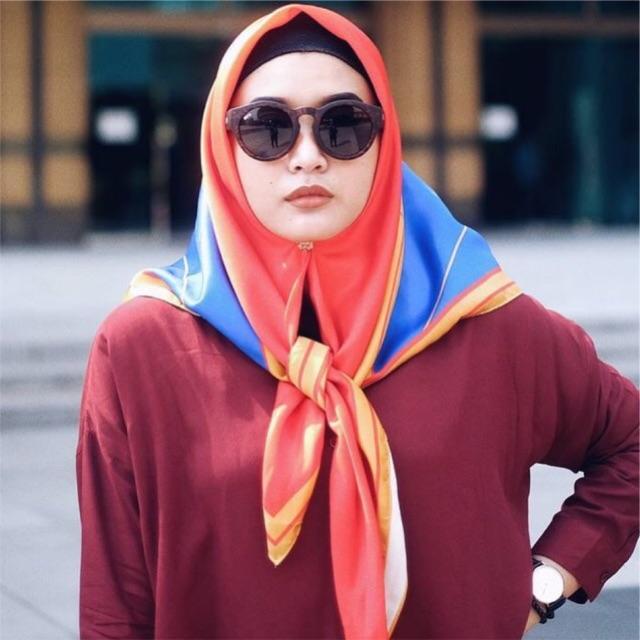 Forever summer segi empat wonder Women hijab kerudung pashmina segi tiga satin tasel