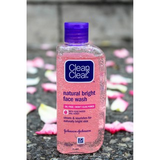 Clean And Clear Natural Bright Face Wash 50ml
