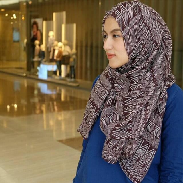 Dira shawl