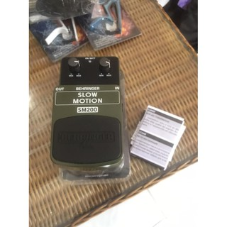 Efek Gitar Behringer SM200 Slow Motion NEW