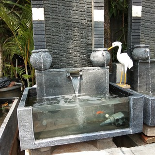 kolam minimalis / pancuran air / kolam kaca   shopee indonesia
