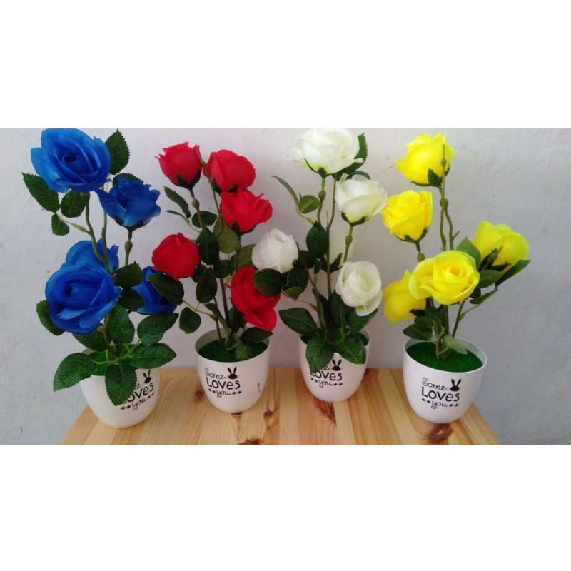 Rangkaian bunga mawar set pot plastik bunga artificial hiasan meja pajangan bufet hiasanmeja