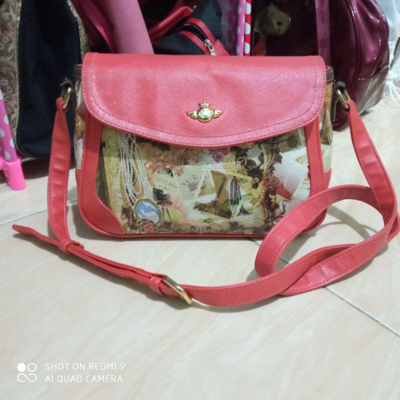 (preloved) Sonovi sling bag