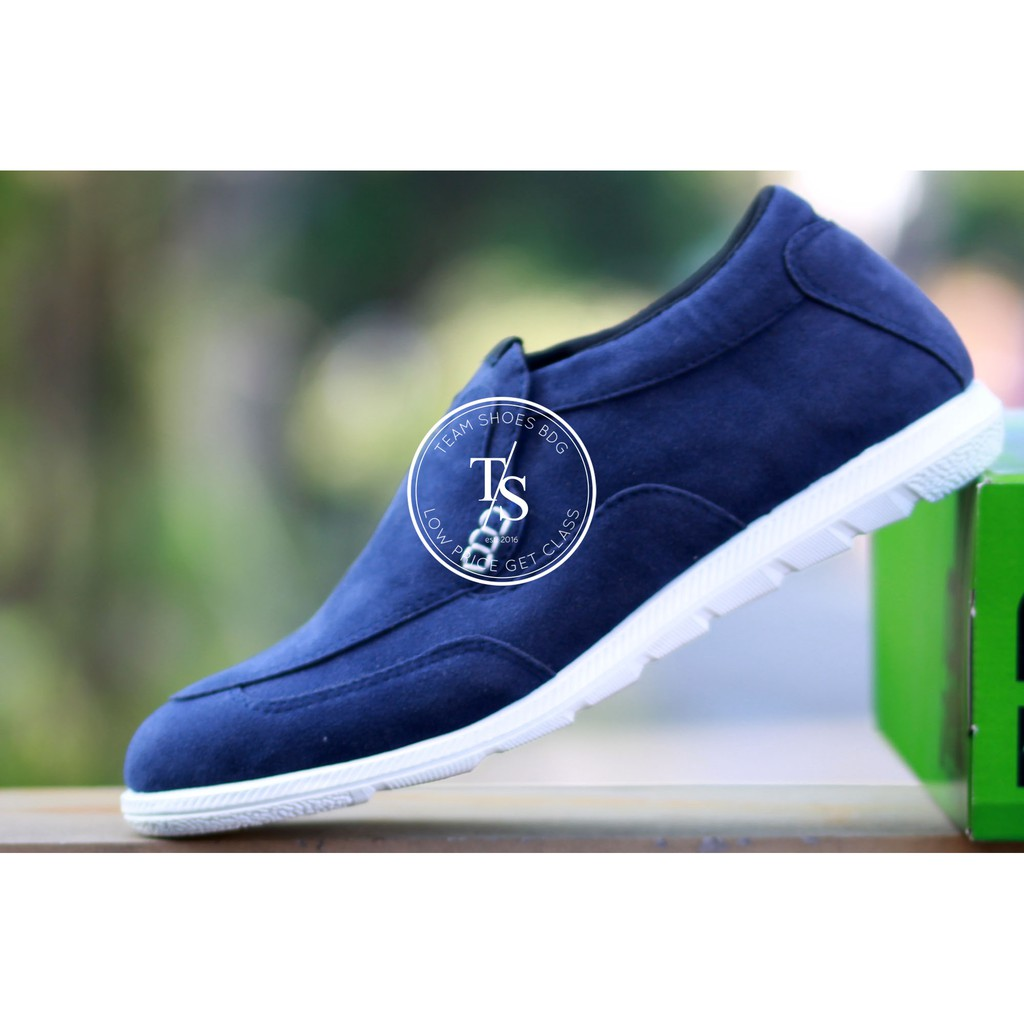 Ts - Original Moofeat Castle Moccasin Sepatu Pria Slip On Loafers Formal  Leather Sheos  539c436123