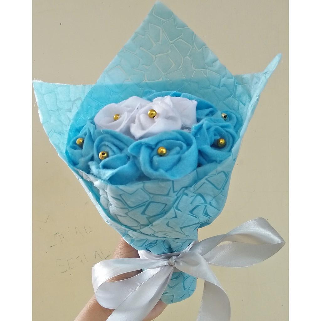 Buket Bouquet Bunga Flanel Diameter 12cm Warna Biru Muda Putih