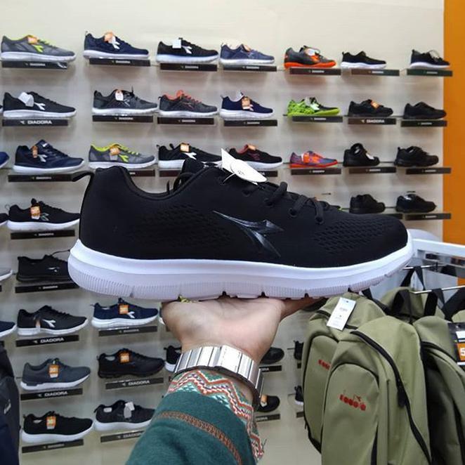 sepatu diadora - Temukan Harga dan Penawaran Online Terbaik - Sepatu Pria Februari  2019  0e23df2cf5