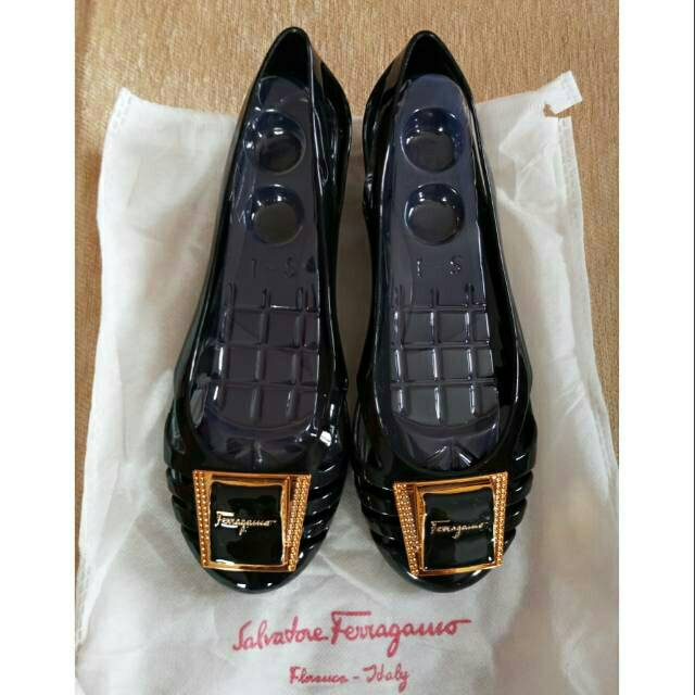Salvatore Ferragamo Diamond Jelly Shoes ITALY  ec8811f055