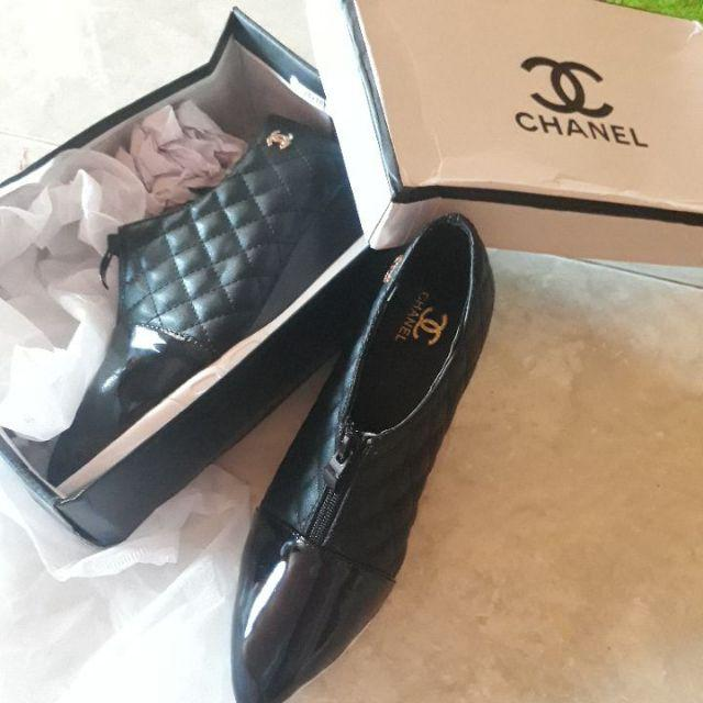 f25a6e865bb1 CHANEL WEDGES SHOES 7735