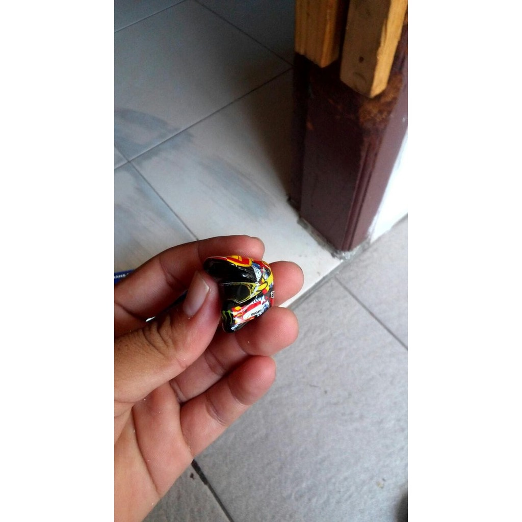 Helm Hobi Koleksi Diecast Temukan Harga Dan Penawaran Online Sticker Bomb Hitam Putih Laptop Gitar Sepeda Dll 50pcs Terbaik Agustus 2018 Shopee Indonesia