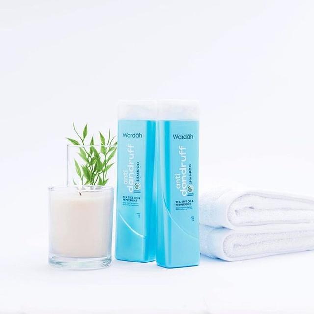 Wardah Anti Dandruff Shampoo 170 ml  - Anti Ketombe-1