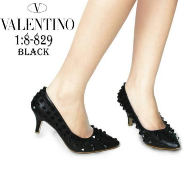 sepatu valentino - Temukan Harga dan Penawaran Online Terbaik - Sepatu  Wanita Januari 2019  e9895121e1