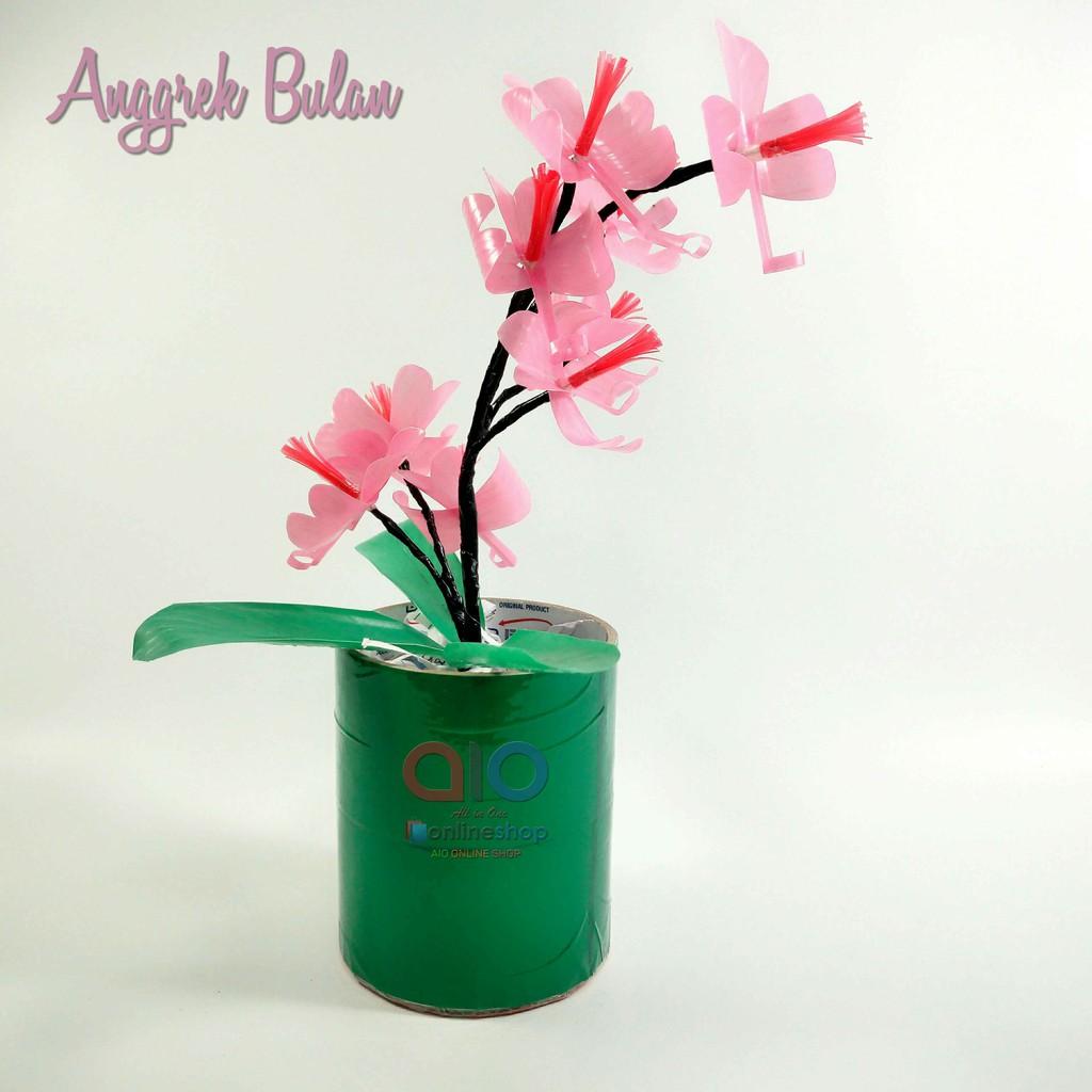Bunga Anggrek Hias Plastik Dari Sedotan Kerajinan Tangan Hiasan Pajangan Artifisial Dekorasi Rumah Shopee Indonesia