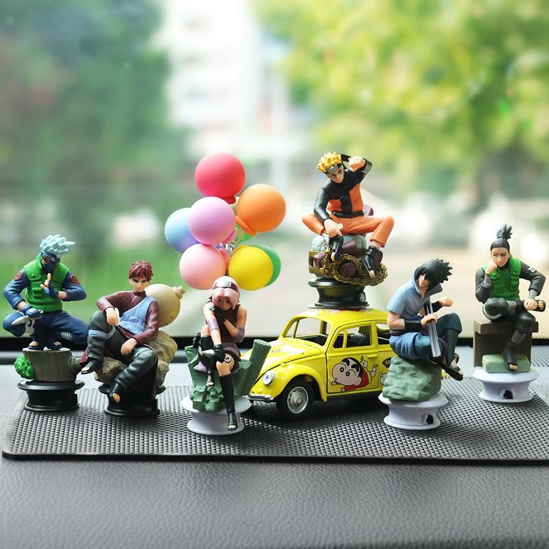Mobil ayunan ninja menggelengkan kepala pusaran boneka Kartu Naruto di dalam ornamen mobil perhiasan