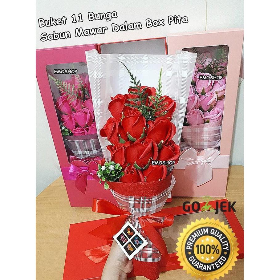 Promo Buket Bunga Kado Bunga hand Buket Bunga Wisuda Hand Bouquet Murah  b44b437e5e