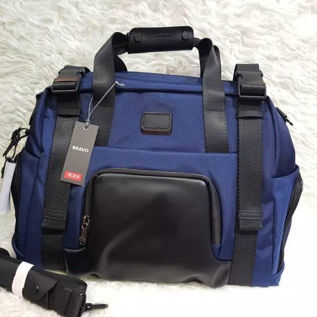 TUMI ALPHA BRAVO BUCKLEY DUFFEL / Travel Bag / tas gym Murah