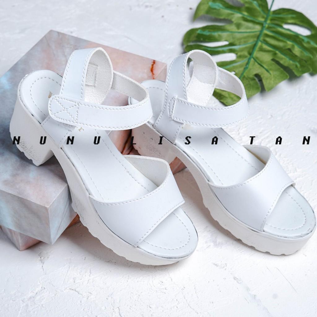 Jual Produk Sepatu Wanita Online  d94310e549