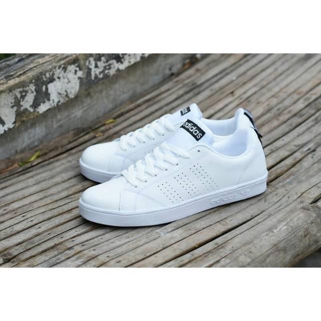 Sepatu Adidas Neo Advantec Full White Putih Polos Motif Hitam