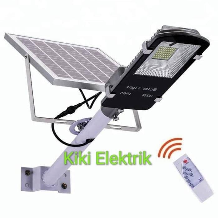 Lampu Jalan Pju Solar Cell 70 Watt