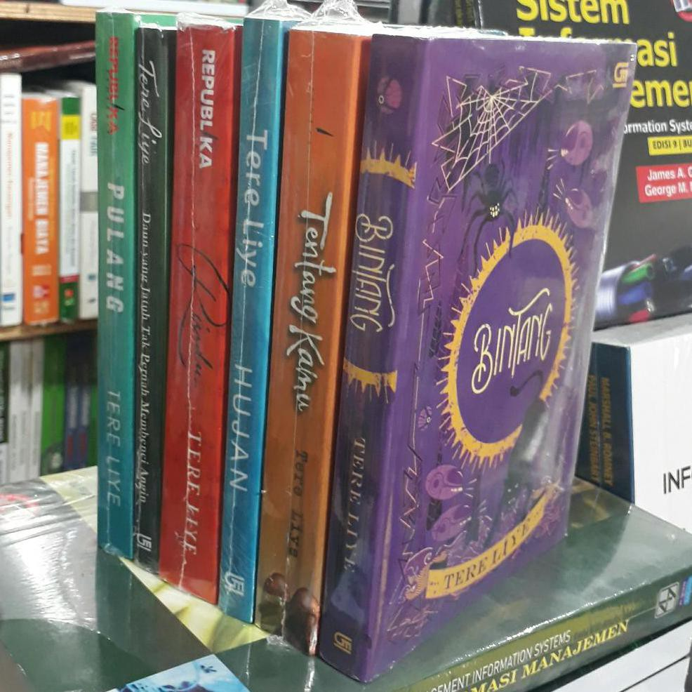 Buku Sepaket Novel Bintang Matahari Bumi Bulan By Tere Liye 4buku Ra2 Shopee Indonesia