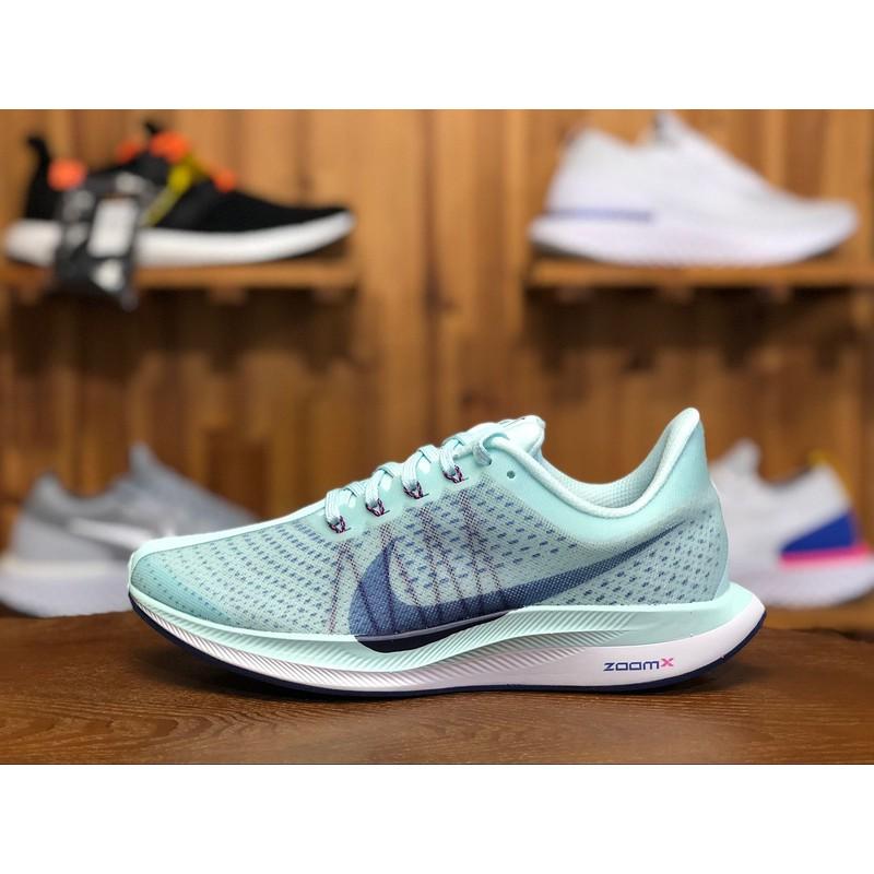 Sepatu Sneakers Olahraga Wanita Model Nike Zoom Pegasus 35 Turbo