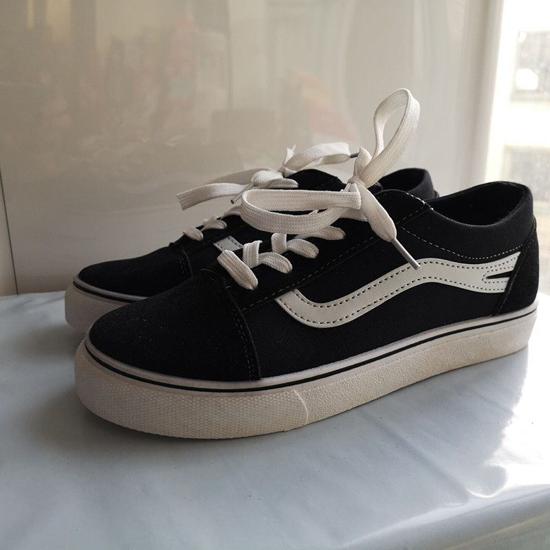 [Bayar Di Tempat]Sepatu Sneakers Casual Warna Putih untuk Lari / Travel / Olahraga | Shopee Indonesia