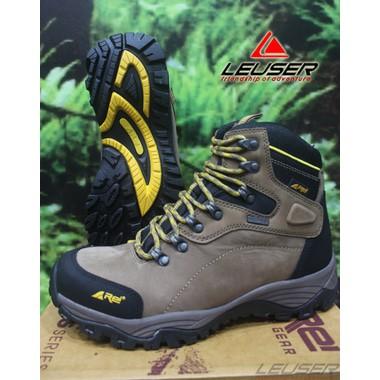 Sepatu Gunung   Sepatu Rei Stone Edge  330940f22d