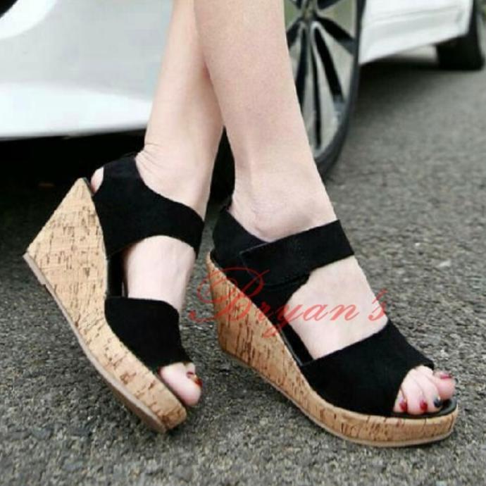 Koleksi Terbaru Wedges Prepet Claudia Hitam Hotlist Terlaris J9503 | Shopee Indonesia