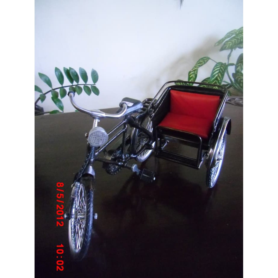 Miniatur Becak Kayu 20x10x12 Cm Shopee Indonesia Jawa Jogja Surabaya 29x20x10cm