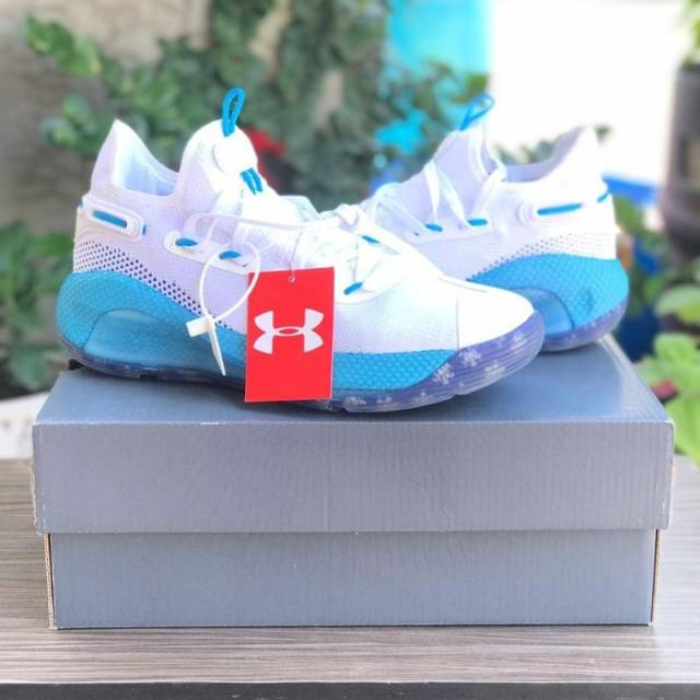 hot sale online c9be9 42322 Curry 6 Low Christmas