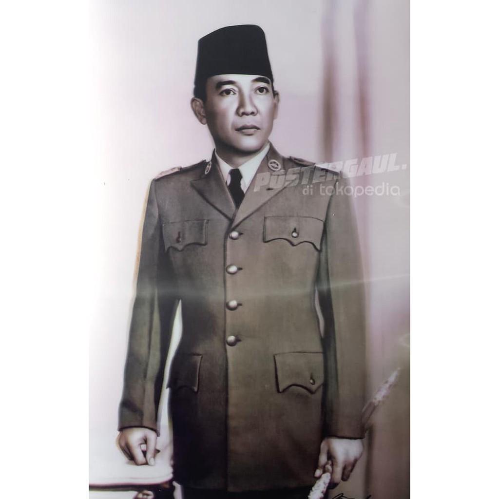 Poster Dinding Kamar 3d Presiden Soekarno 3d23 Size 38 X 58 Cm Shopee Indonesia