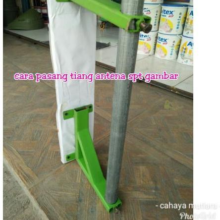 Breket Tiang Antena