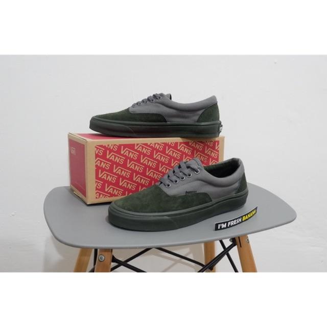 100% Premium Sepatu Vans Authentic Mono Vintage Maroon Port Royale  Portroyale DT Red  57df496c14