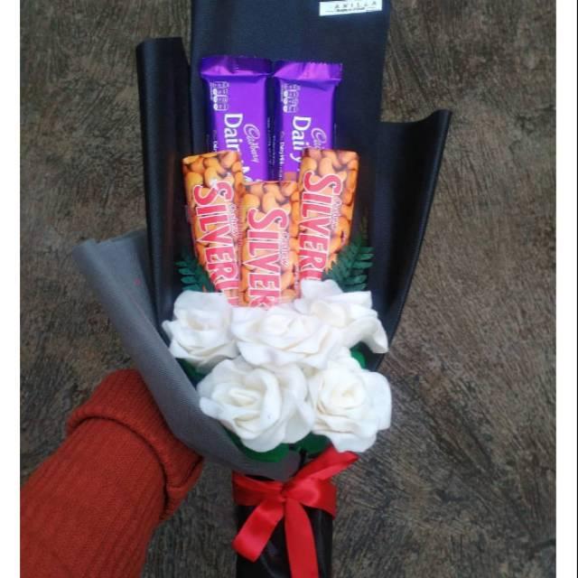 Buket Coklat Buket Bunga Buket Flanel Buket Wisuda Shopee Indonesia