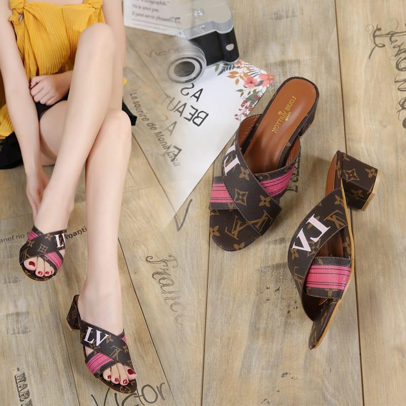 sepatu valentino - Temukan Harga dan Penawaran Sepatu Hak Online Terbaik - Sepatu  Wanita Februari 2019  675da50f55