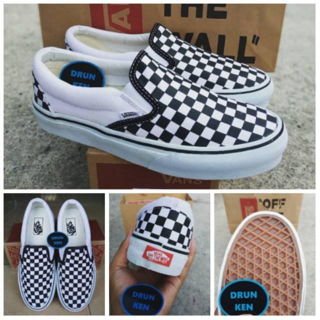 Sepatu Vans Slip On Checkerboard Off White Black Putih Hitam Papan