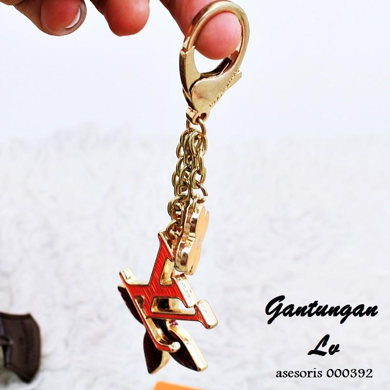 IMPORT Gantungan Tas Gantungan Kunci Bunga Kamelia Key Chain Bag  0275A5r 02759Fr  5614746cbb