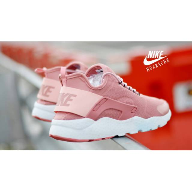 Sepatu Sneakers Wanita Running [NIKE HUARACHE WOMEN PEACH]