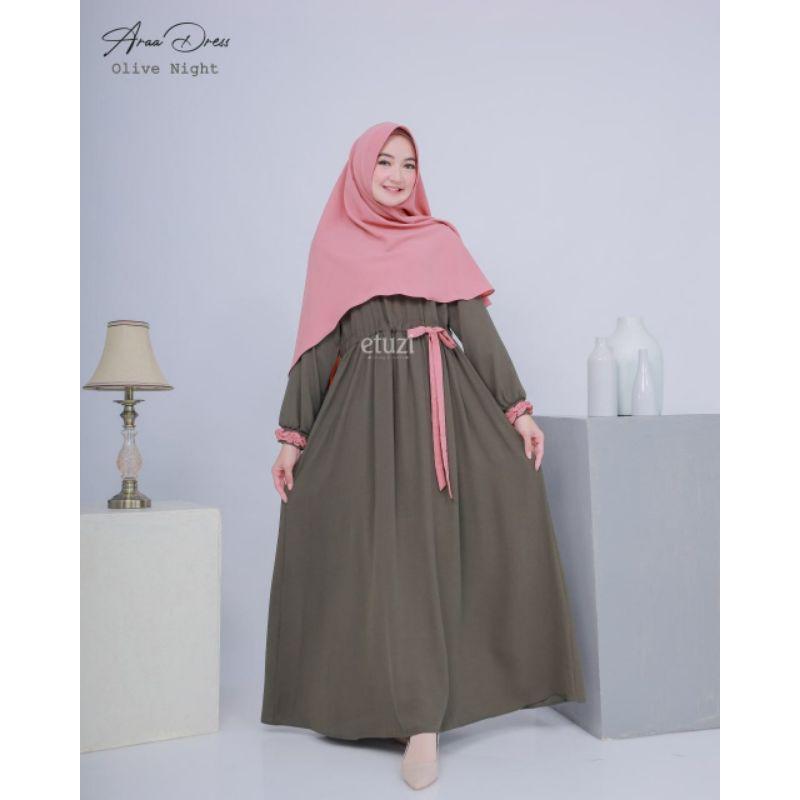 Ara dress by Etuzi