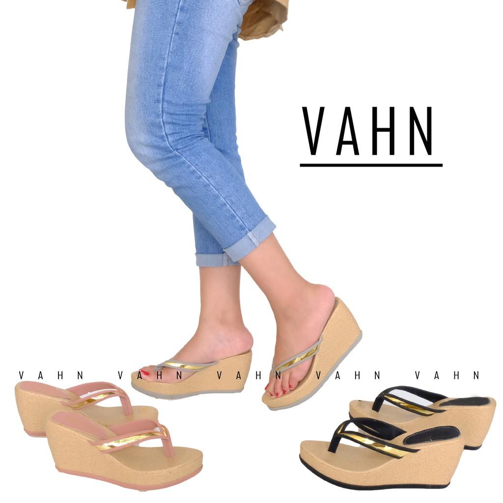 Sepatu Wedges Kerja Pesta Glitter Electric Blue Biru Daftar Harga Cream Hitam Sn211 B Vahn Aina Wanita Casual Formal Glamour Al11 Shopee