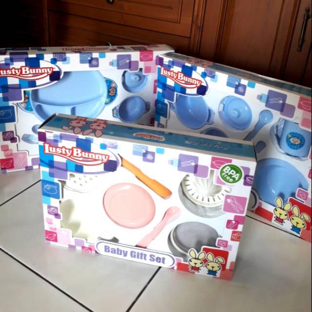 ... Peralatan makan Bayi. Source · Baby Gift Set Lusty Bunny Feeding Set Bottle, Milk Container dan Cup 6in1 | Shopee