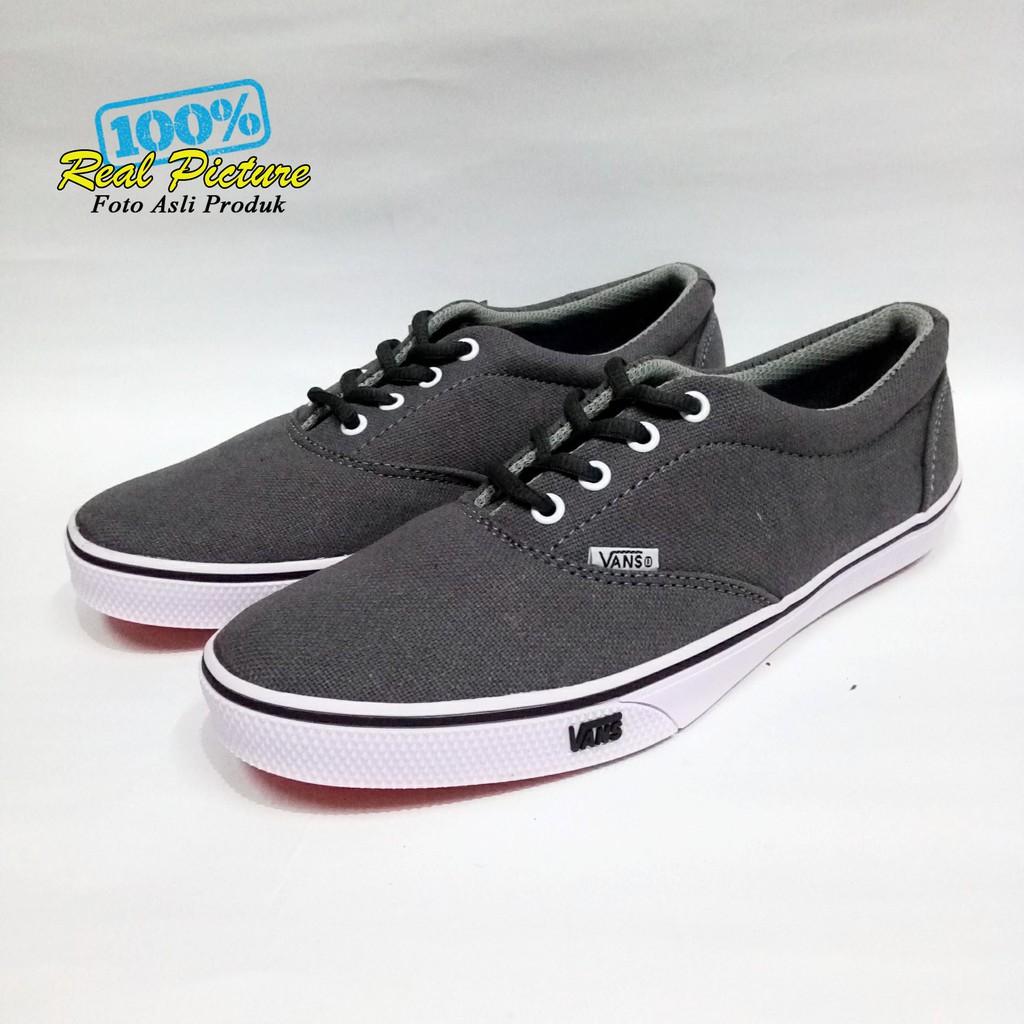 Sepatu vans casual sneakers pria wanita abu muda grey harga grosir supplier online  murah  6bc8f3e778