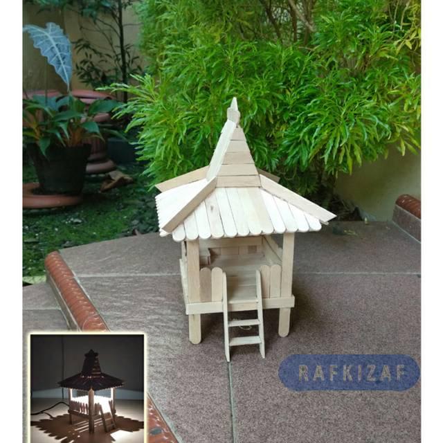 Prakarya Maket Miniatur Rumah Adat Jawa Joglo Berlampu Nyala Dg Charger Hp Dari Stik Es Krim