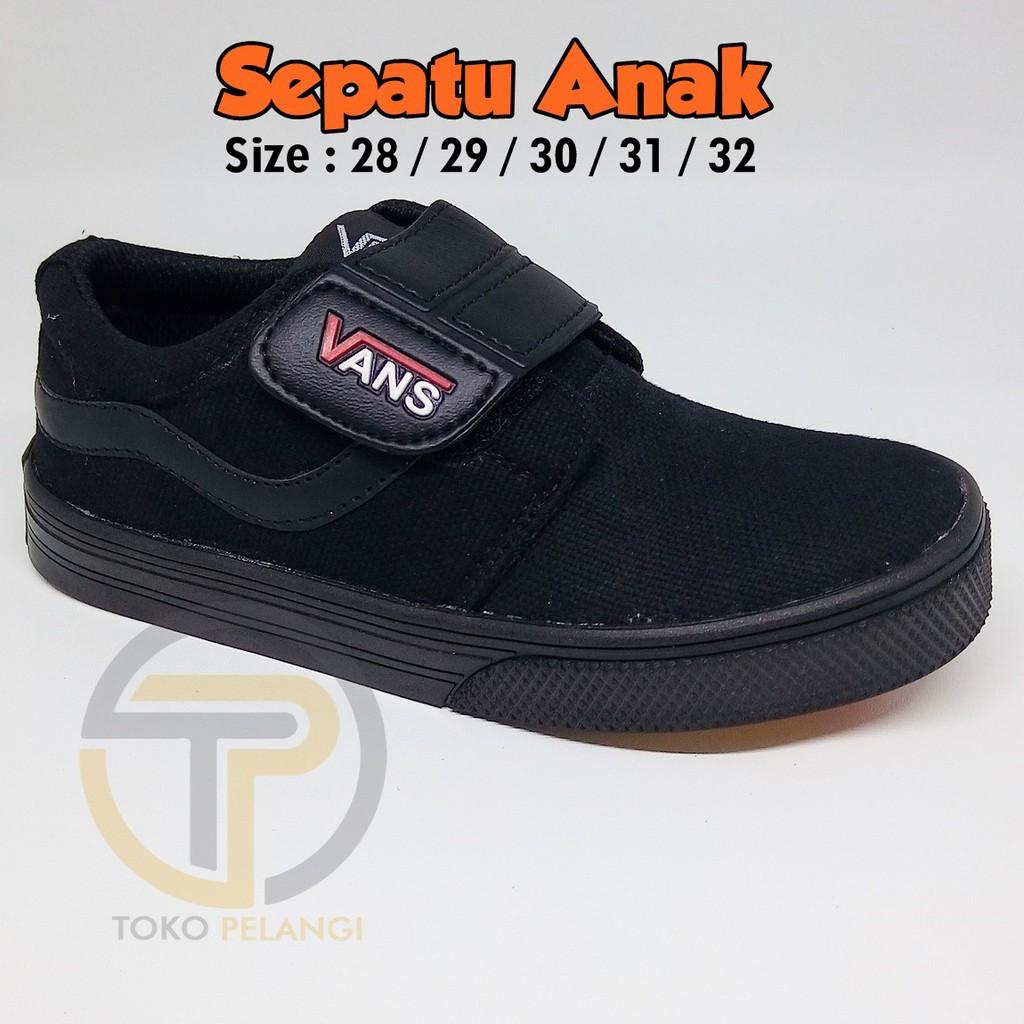 Sepatu anak sekolah merk vans warna hitam ukuran 28 29 30 31 32 ... 3b7d195b43