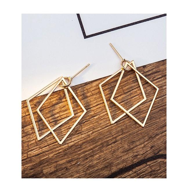 LRC Anting Tusuk Elegant Silver Color Diamond Shape Decorated Pure Color Earrings