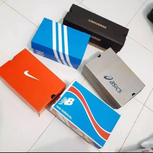 Jual Kardus Sepatu segala Merk Box Sepatu Adidas, Nike, Reebok, Fila,  Converse anak dewasa | Shopee Indonesia