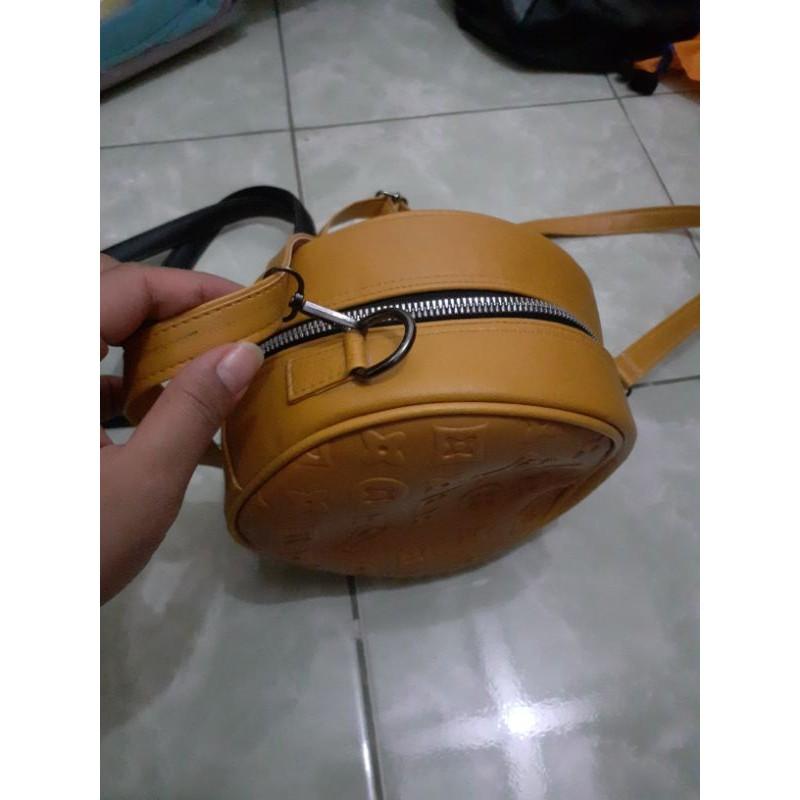 Sling bag bulat ala LV   Shopee Indonesia