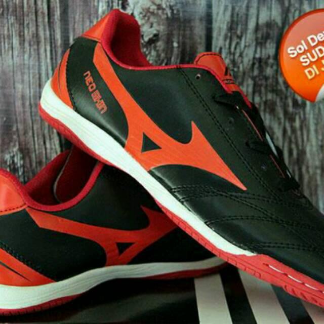 ( paket komplit ) sepatu futsal puma hitam hijau  c301500297904