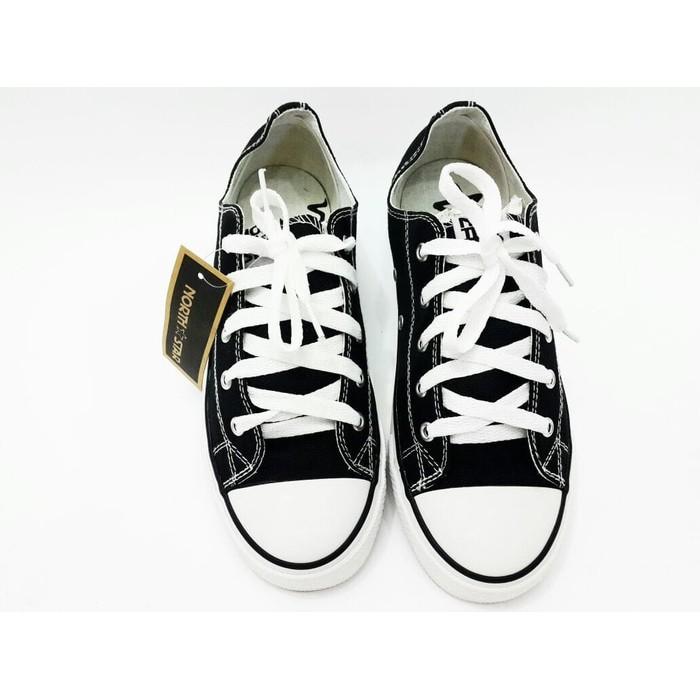 Diskon Spesial Sepatu Bata North Star White Black 389 6632 Sepatu