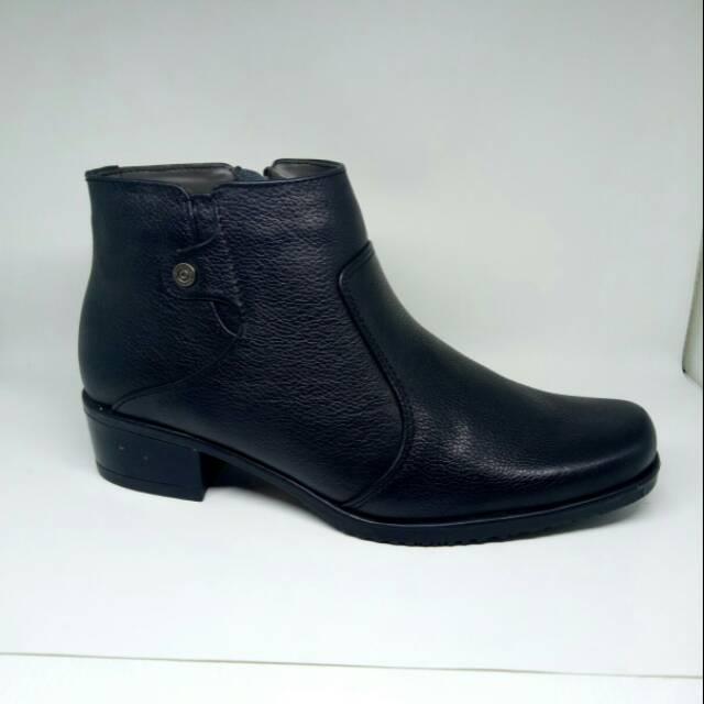 Sepatu Boot Wanita Charlie Walker  1111265b43