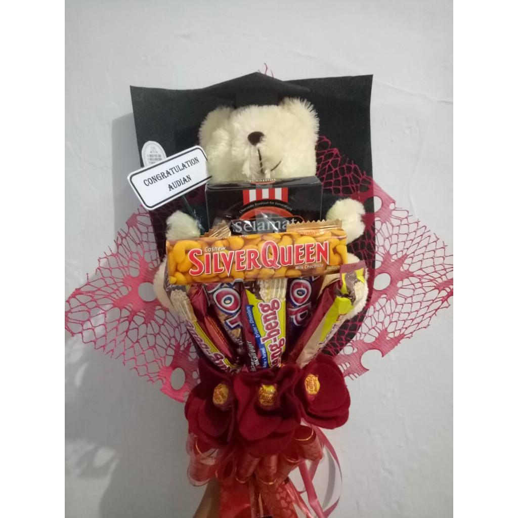 Buket Coklat Boneka Bunga Hadiah Wisuda Ulang Tahun Buat Pacar Hari Jadi Dll Shopee Indonesia